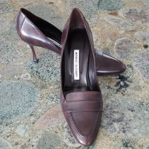 NWT Manolo Blahnik Classic Brown Heeled Loafer